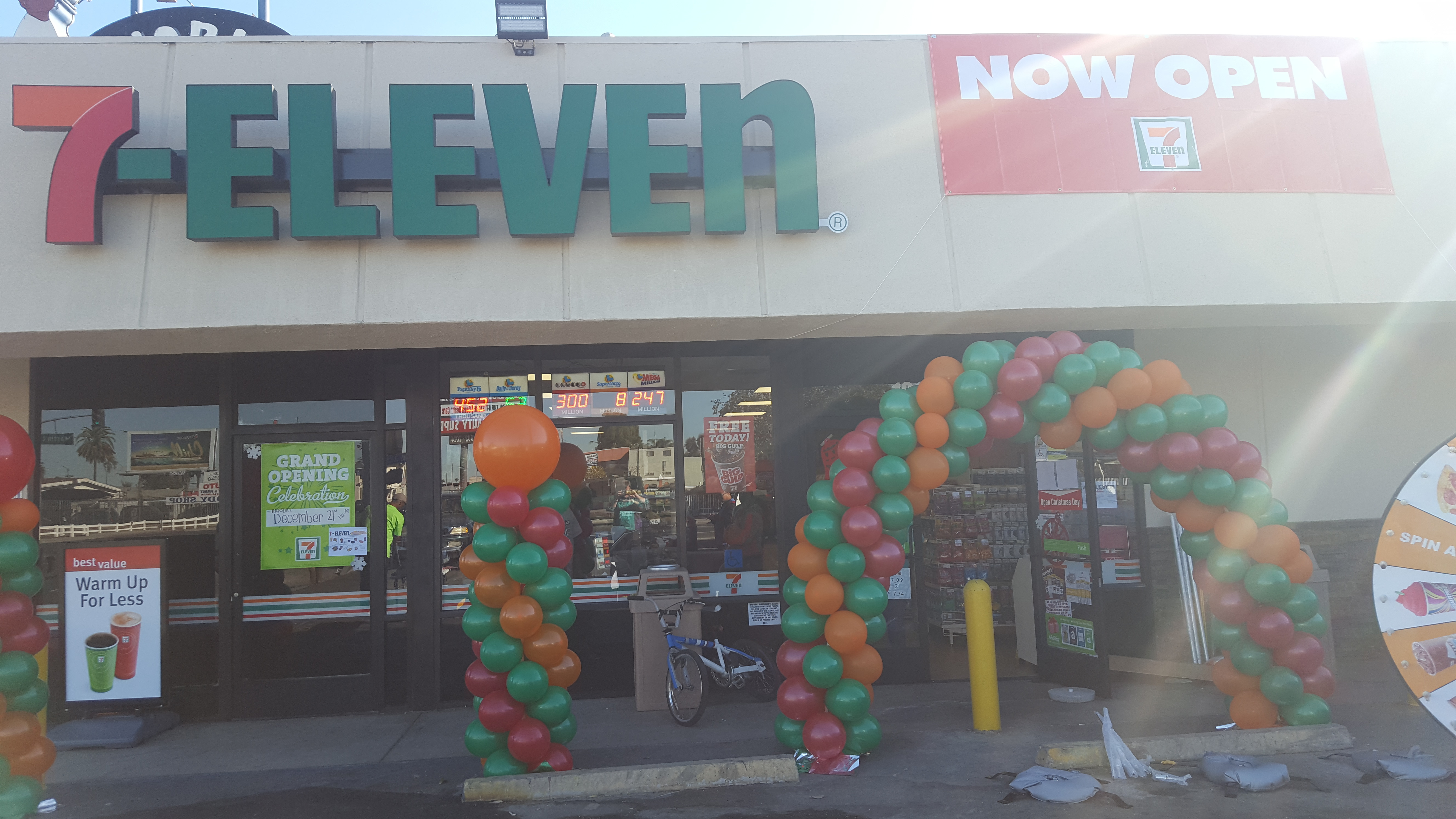 7 Elevens Opens Two New Southern California Stores Los